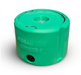 ISOBAR 250:   Frostgeschützte, isolierte Tränke ohne Strom.  Ideal für Orte ohne fließend