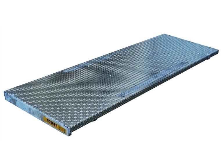 Wiegeplattform 2500 mit Wiegebalken:   Elektronische Anzeigeeinheit HD01   Einsetzbar im Freien, im Stall oder Fre